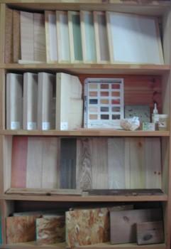 自然素材の展示スペース