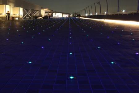 「LEDで滑走路と一体感」