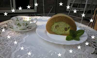抹茶 栗 ロールケーキ