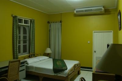 ビエンチャンのホテルの部屋