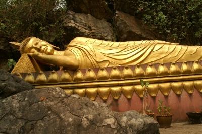 プーシー、釈迦涅槃像