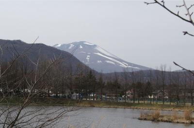まだ雪を冠っていた浅間山