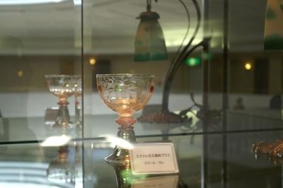 ガレのエナメル花文高杯グラス
