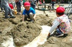 泥んこ遊び002