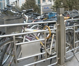 王府井の自転車置き場2