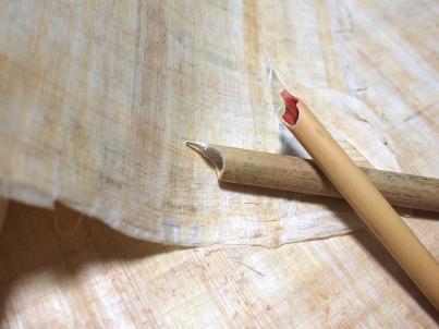 パピルスと竹ペン・葦ペン