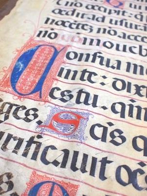 ロトゥンダ体の写本