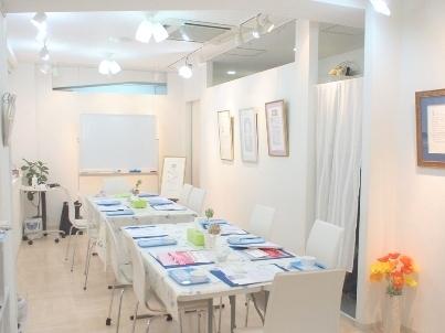 銀座のカリグラフィー教室 MOJI academia