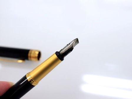 珍しい万年筆