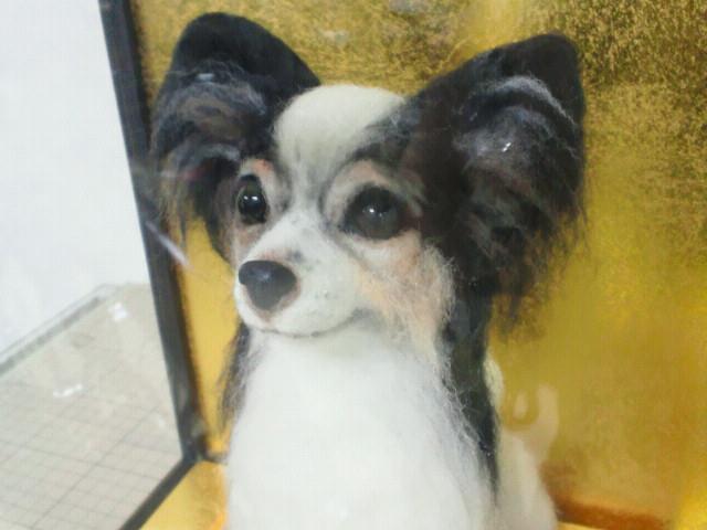 羊毛フェルト愛犬人形パピヨン