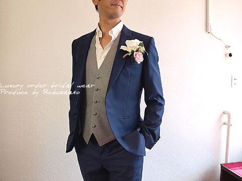 で結婚式を挙げた後、ニューヨークに転勤になるのでパーティー等でも着用できる洋服がほしかった 』 とのことでロブザーコへお越しくださいました。