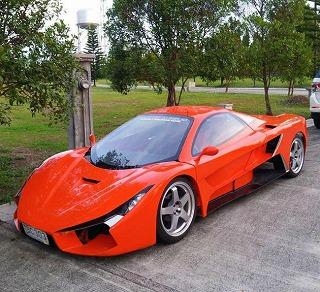 フィリピン製のスーパーカーが ...