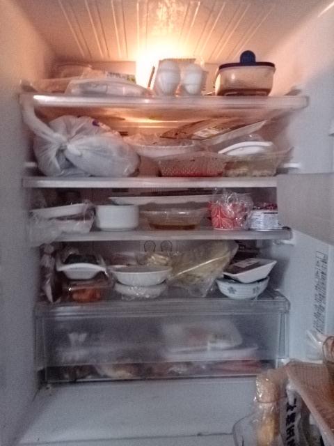 高齢者と冷蔵庫1