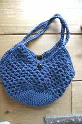 青いリネン糸編みばっく2