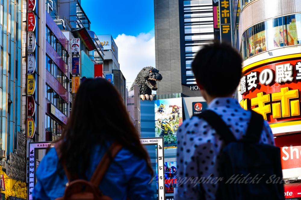 歌舞伎町 ゴジラ
