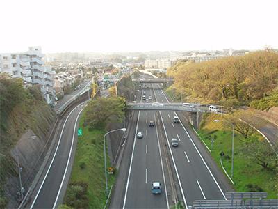 横浜横須賀道路