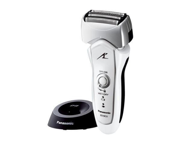 ◆4枚刃、マルチフィットアーク刃、フロートヘッドWETでも4枚刃で肌に優しくしっかり深剃り。◆ナノエッジ内刃・リニアモーター駆動濃いヒゲもスパッと剃れる。