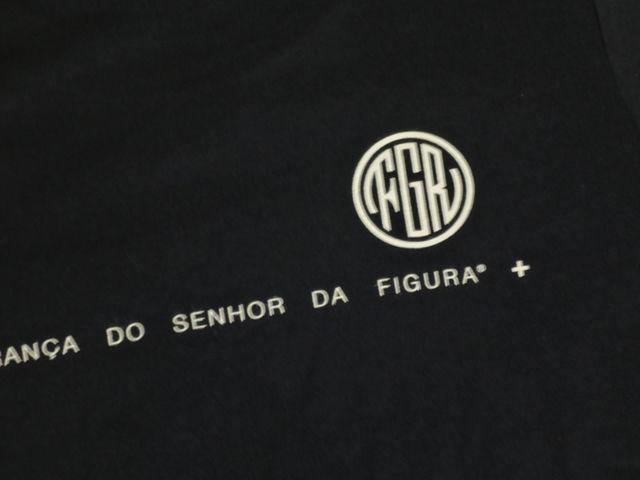 FIGURA Tシャツ FIG-T010 紺 バック拡大.jpg