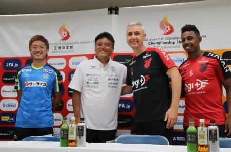 日本南米カップ王者決定戦 アトレティコパラナエンセ戦-2.jpg