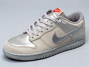 nike dunk low [eu footlocker] (ntrl gry/mt silver/deep orange) ナイキ ダンク ロー 「ユーロフットロッカー」(灰銀)