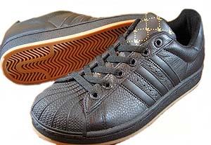 adidas superstar 2 (blk/blk-gld-gum) アディダス スーパースター2 (ブラック/ゴールド/ガム)
