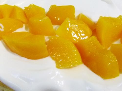 フルーツロール黄桃