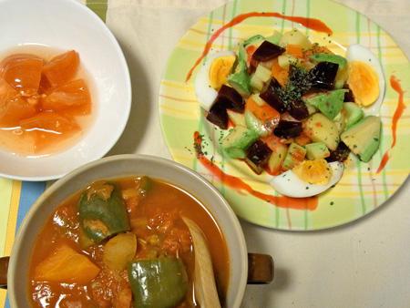 ビーツ・サラダとデトックス・スープ