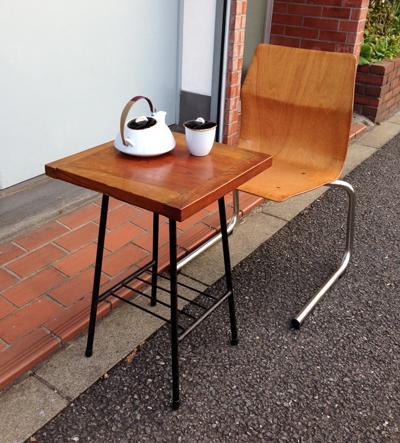 ナンセンスリメイク、サイドテーブル、鉄脚、古材