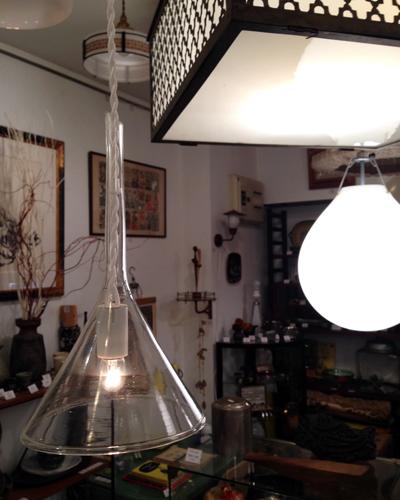 ガラス漏斗、実験器具、リメイク、ペンダントランプ、アンティーク