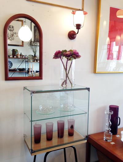 ガラスショーケース、店内ディスプレイ、北欧ガラス