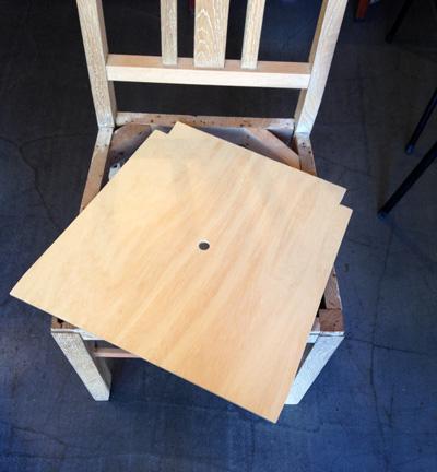 ナンセンスリメイク、レストア風景、ヴィンテージチェア、椅子