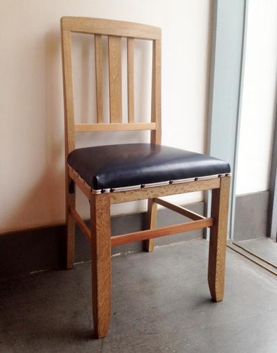 ナンセンスリメイク、レストア風景、ヴィンテージチェア、椅子、張り替え