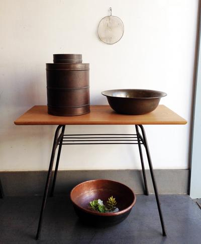 銅、茶缶、洗面器、さわり鍋、リメイクテーブル、アンティーク、古道具