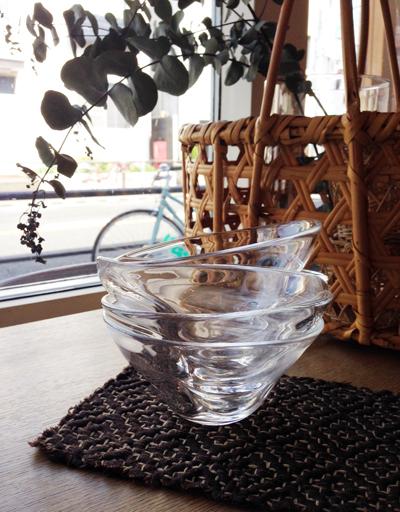 ガラスボウル、吹きガラス、ハンドクラフト