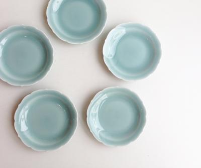 青磁輪花小皿、醤油皿