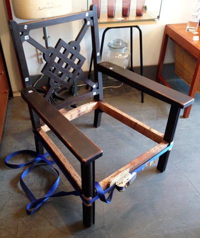 レストア、椅子修理、ホゾ入れ、リメイク、ナンセンス
