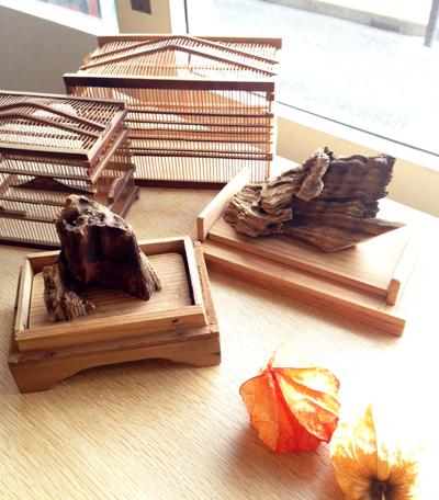虫かご、鈴虫籠、竹工芸、古木、秋の風物詩、竹籠