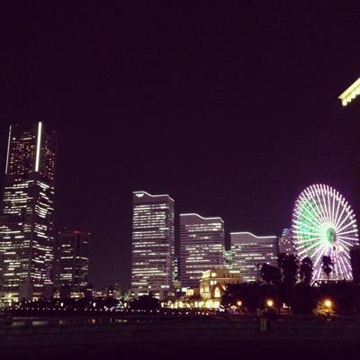 横浜、みなとみらい、赤レンガ倉庫、夜景、ネオン