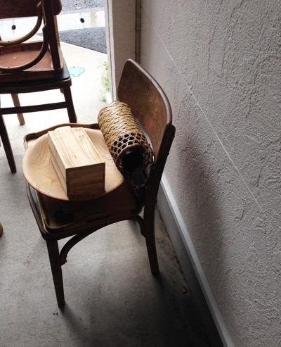 アンティークチェア、木工品、花籠、ヴィンテージ
