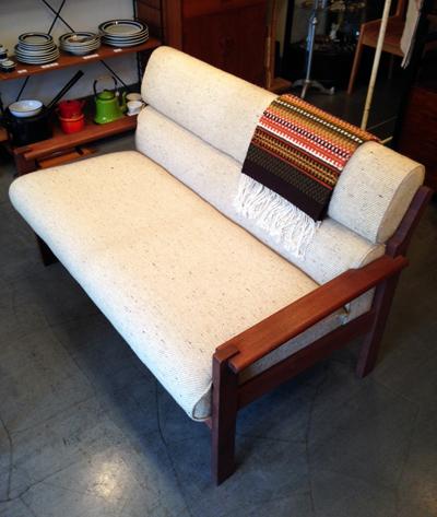 チーク、ソファ、北欧家具、モダン、ヴィンテージ家具、二人掛けソファ