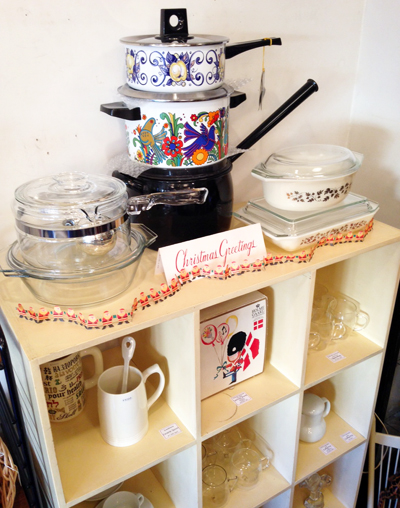 パイレックス、ホーロー鍋、キッチングッズ、キャセロール、ヴィンテージ、北欧食器