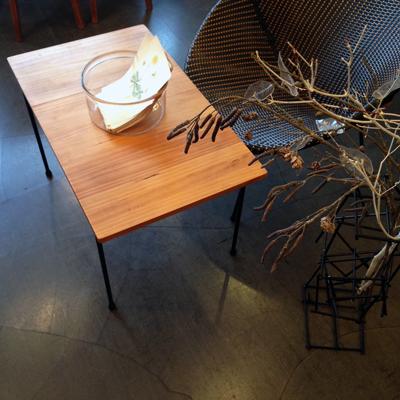 ナンセンスリメイク、鉄脚テーブル、古材、ヴィンテージ、コーヒーテーブル