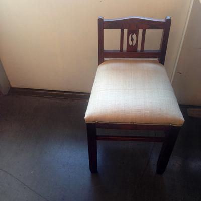 アンティークチェア、リネン、張替え、チェア、木の椅子、戦前、リメイク