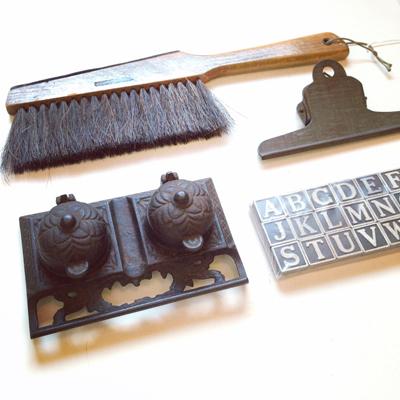古道具、文房具、アンティーク、インク壺、クリップ、アルファベット、暮らしの道具、ステーショナリー