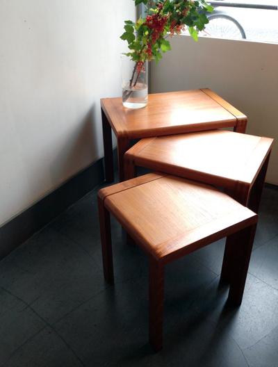 ヴィンテージ、チーク、ネストテーブル、コーヒーテーブル、日本製