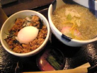 信州そば処 そじ坊「鶏そぼろご飯&蕎麦」