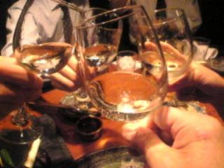 赤坂_日本料理_川の音「ワインで乾杯」