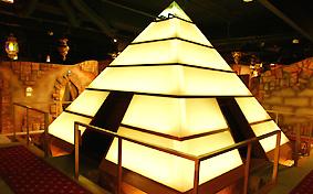 アラビアンロック 上野店「ピラミッド」
