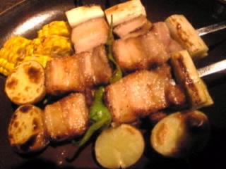 なまはげ 銀座「桃豚の串焼き盛り」