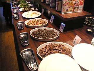 Dynamic Dining 御八 晴海トリトン店「おばんざいコーナー」